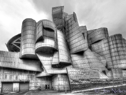 light_on Weisman_art_center_b&amp;w